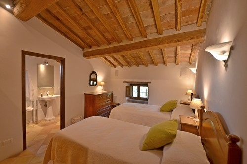 Ferienhaus cretole toskana urlaub in monterchi arezzo - Meubler une petite chambre ...