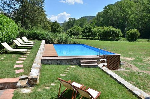 Ferienhaus mulino di camporata toskana urlaub in gaiole for Garten pool tiefe